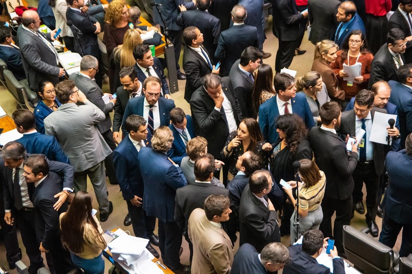 O ranking dos deputados que mais apoiaram a reforma da Previdência (O Globo, 30/07)