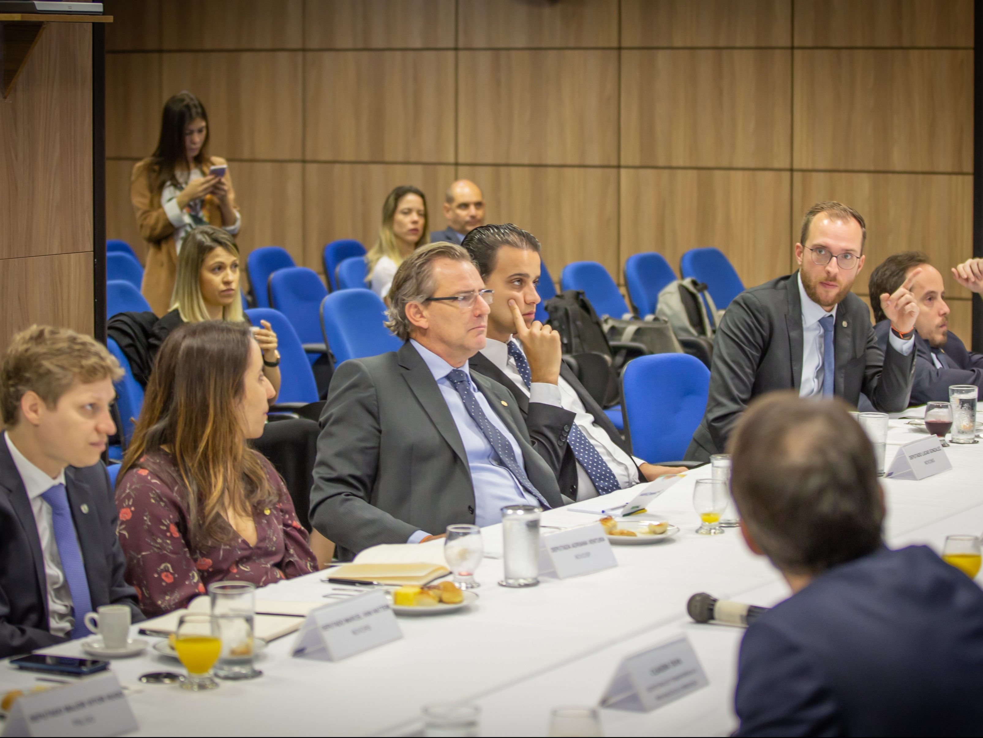 Bancada do NOVO reúne-se com o ministro da Controladoria Geral da União e sua equipe